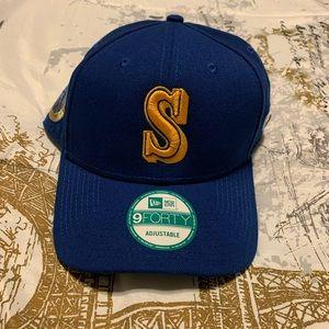 Seattle Mariners adjustable hat